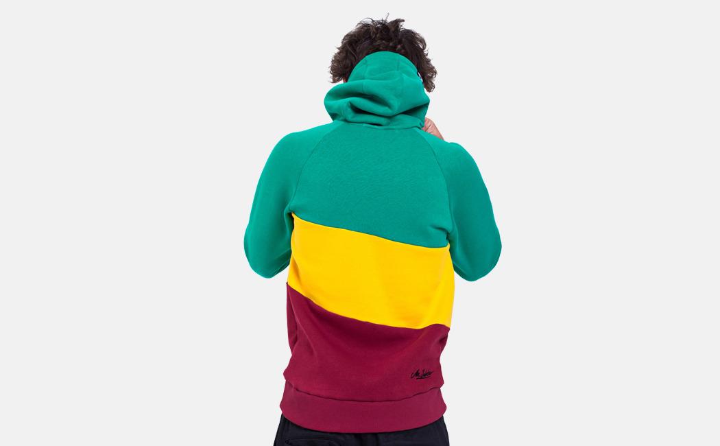 7de5ea5751d Понаделали. Дизайнер Султанна Французова комментирует 7 казанских брендов  одежды и аксессуаров