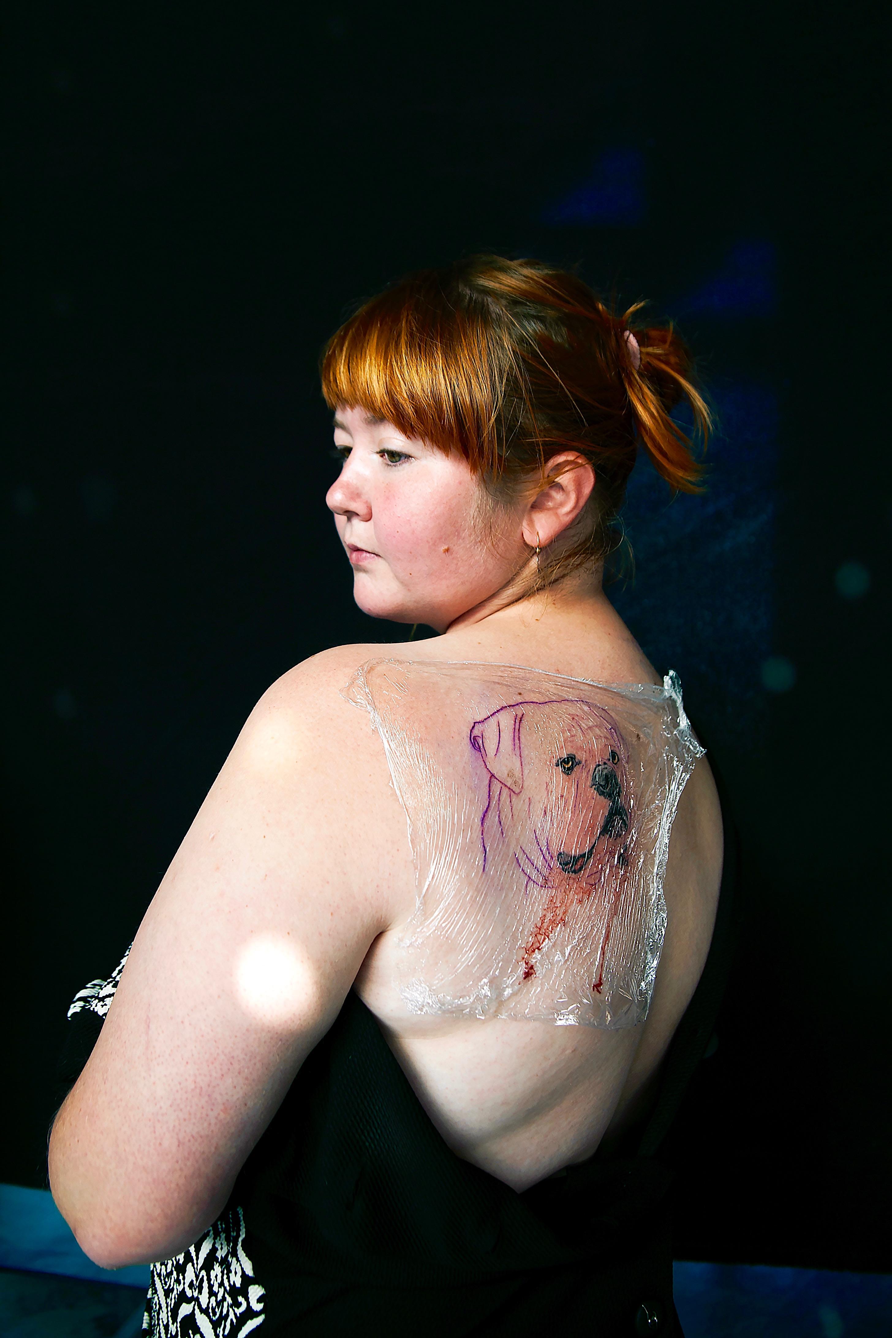 Темнокожие татуированные девушки фото 24 фотография